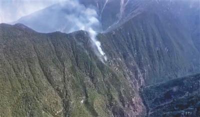 木里森林复燃 900余名扑火人员赴火场 深度